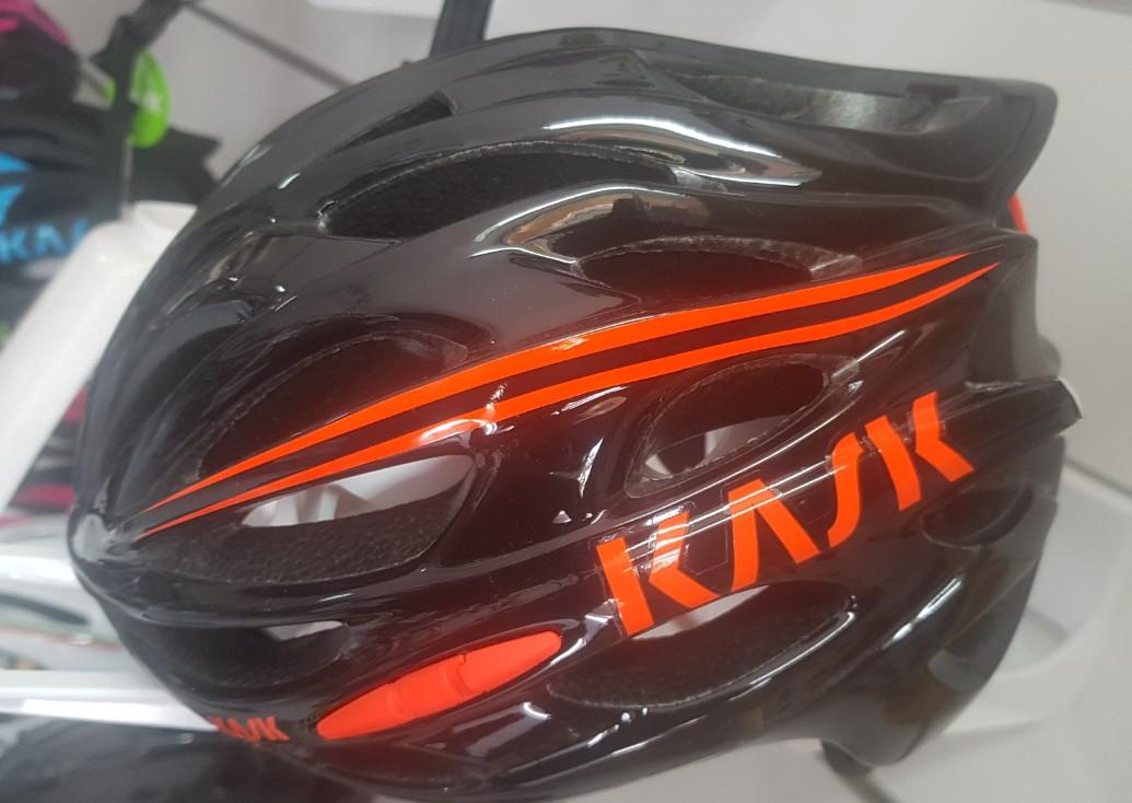 location accessoires vélo casque