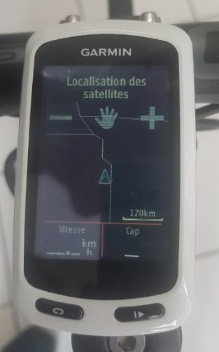 location accessoires vélo gps